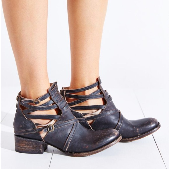 Freebird by Steven Leather Stair Ankle Boots 7